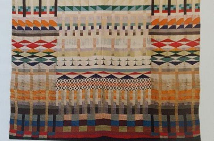 Detail aus:  Gunta Stölzl, 5 Chöre (5 Choirs), 1928  Cotton, wool, rayon and silk. 90 1/5 x 56 3/10 inches  @St. Annen-Museum/ Fotoarchiv der Hansestadt Lübeck